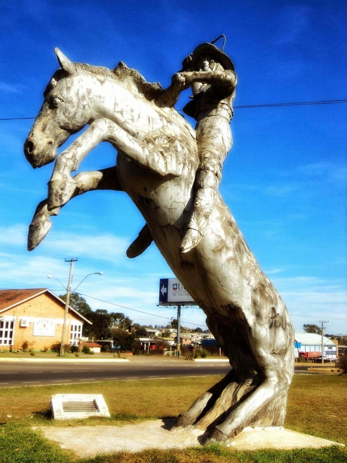 Conheça Vacaria - Monumento ao Ginete