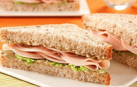 Cinco dicas de alimentação para viagem - sanduíche